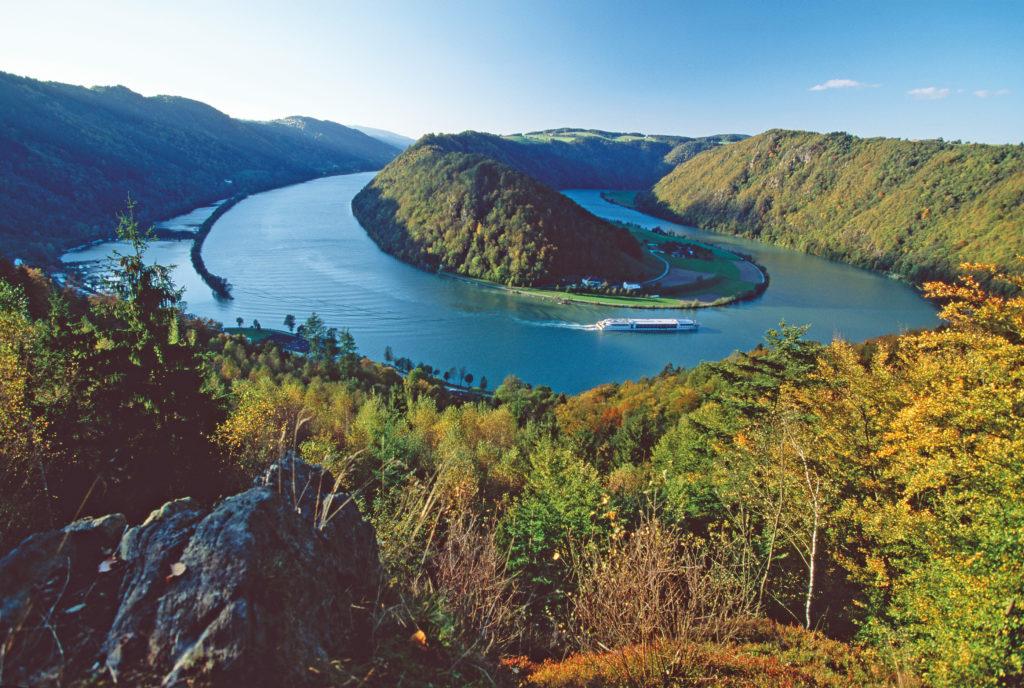Gran Danubio en bicicleta y barco. Passau, Viena, Bratislava y Budapest-1