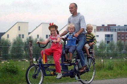 Galería de fotos Holanda con niños en bici y barco-3
