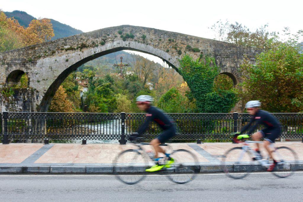Puertos míticos de La Vuelta, ciclismo de carretera-2